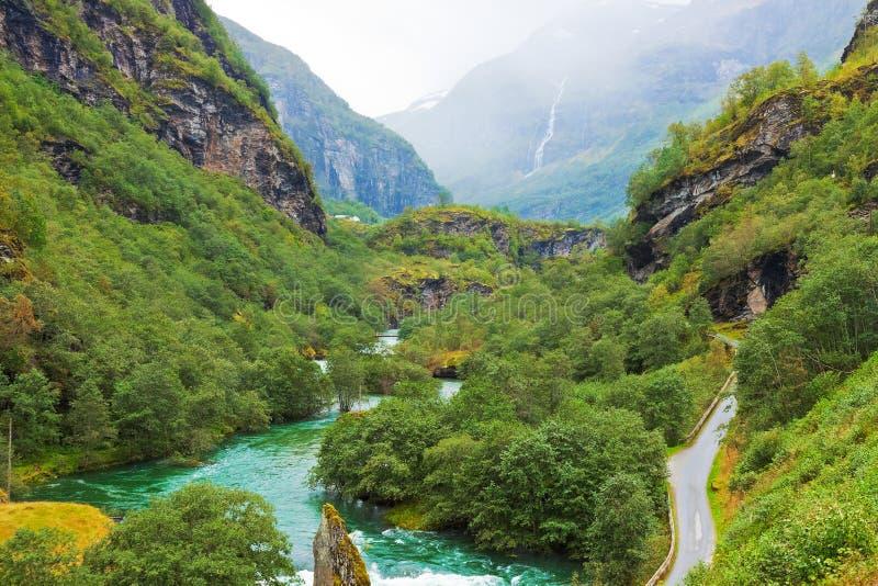 Cenário norueguês da montanha fotos de stock royalty free