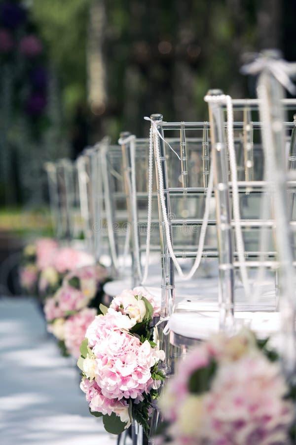 Cenário para o registro do casamento fora fotos de stock