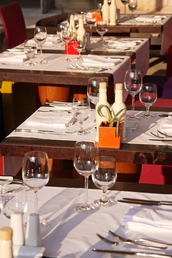 Cena al aire libre foto de archivo libre de regalías