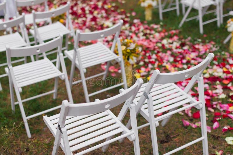 Cena ao ar livre do casamento imagens de stock royalty free