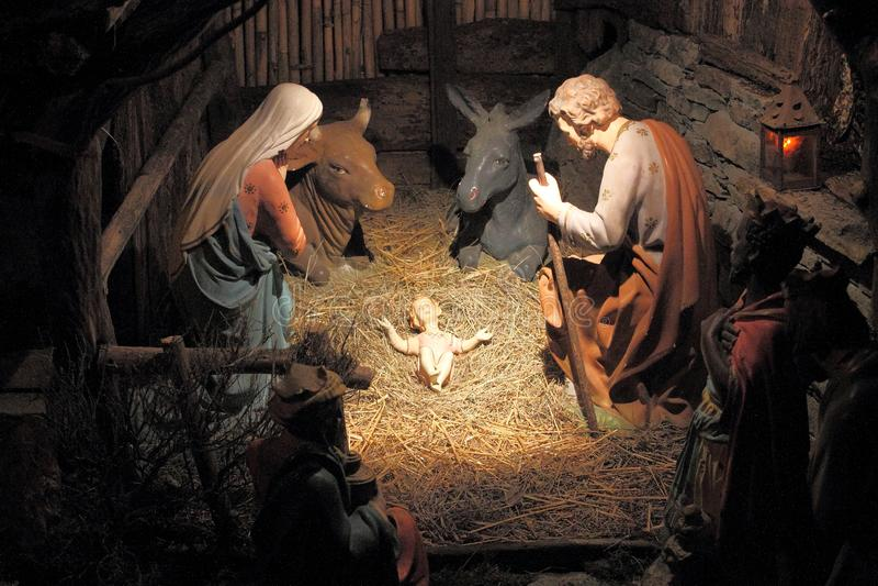 Cena da natividade - a cabana da criança Jesus imagens de stock