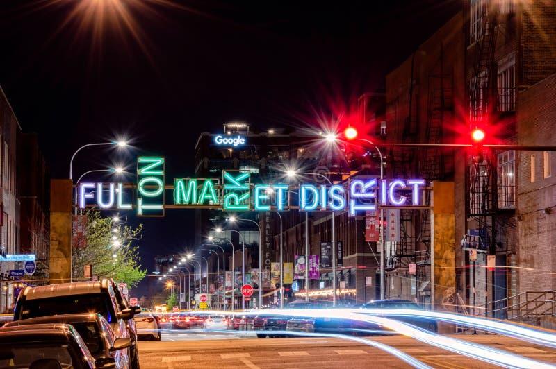 Cena da noite de Fulton Market District Rua principal em Chicago Exposi??o longa fotos de stock royalty free
