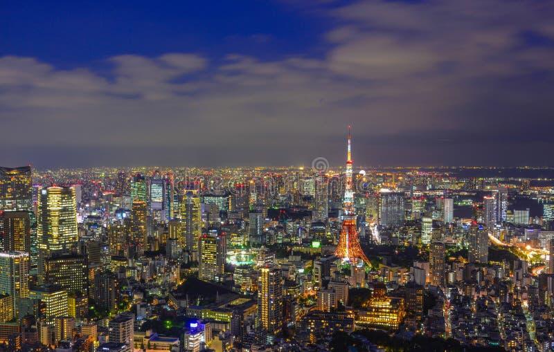 Cena da noite do Tóquio, Japão imagem de stock royalty free
