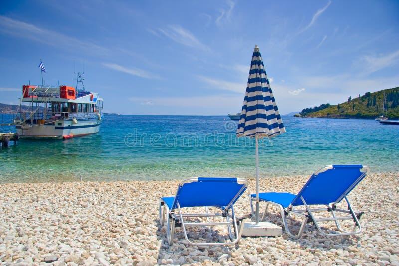 Cena da praia do console de Corfu fotografia de stock