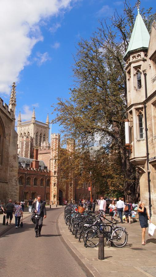 Cena da rua em Cambridge, Inglaterra imagens de stock