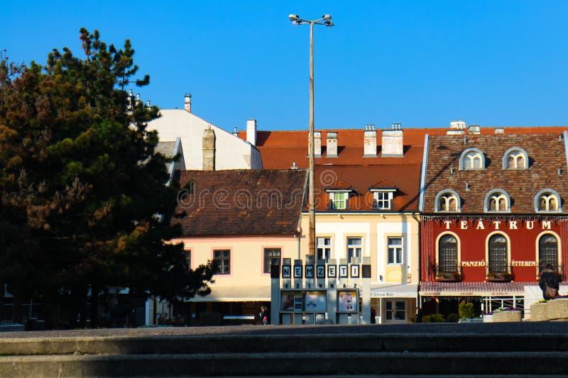 Cena da rua em Györ, Hungria imagens de stock royalty free