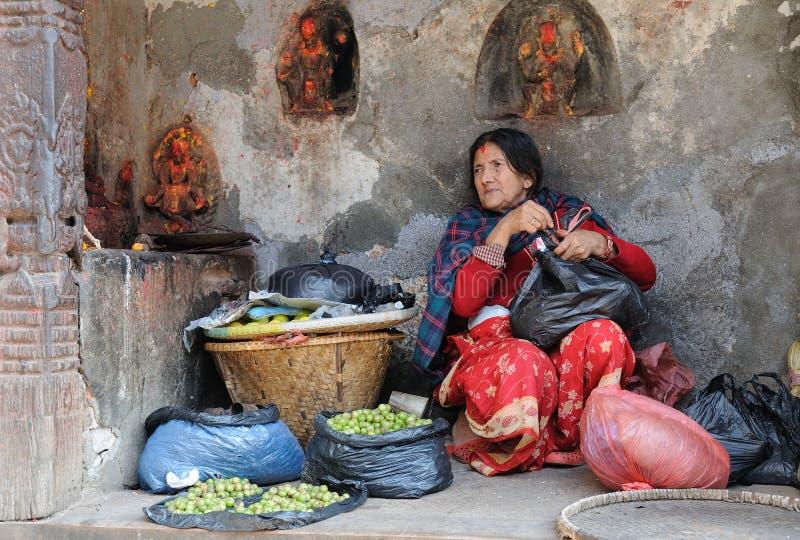 Cena da rua em Kathmandu fotografia de stock