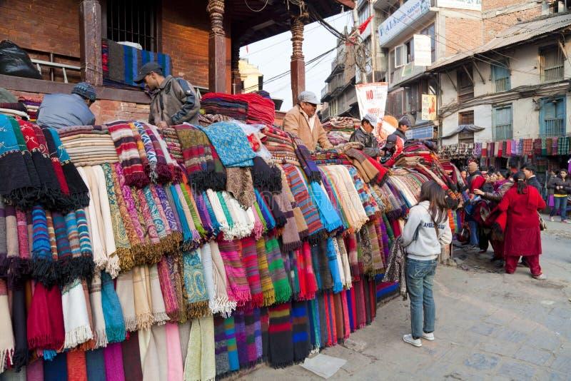 Cena da rua, Kathmandu, Nepal fotografia de stock