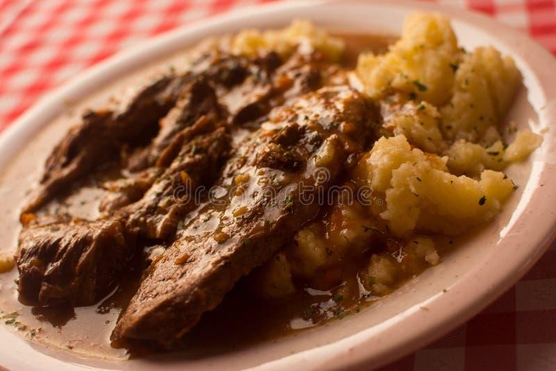 Cena del almuerzo de la comida de la carne y de la patata fotografía de archivo libre de regalías