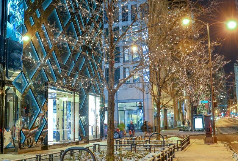 Cena do inverno em Chicago do centro na noite fotografia de stock