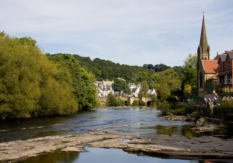 Cena do rio de Llangollen fotos de stock royalty free