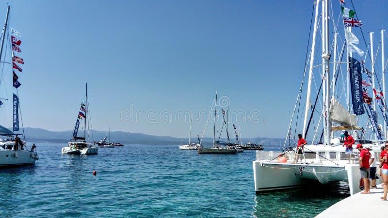 Cena do verão em Bol, ilha Brac, Croácia imagens de stock royalty free