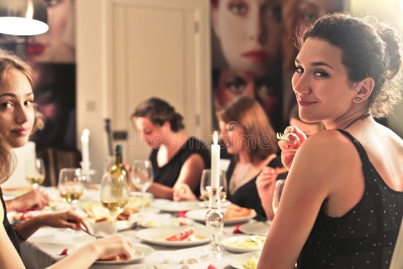 Cena en casa fotografía de archivo