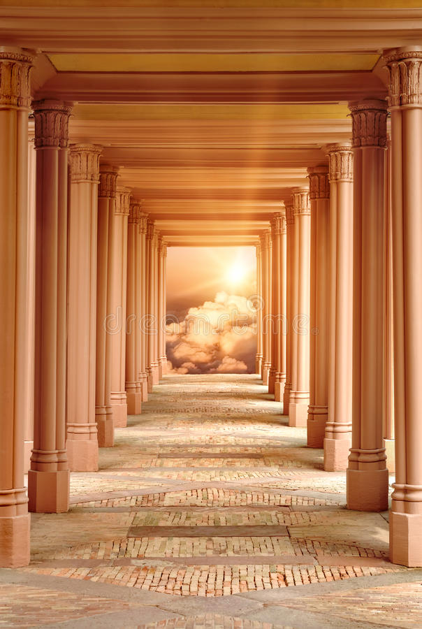 O corredor ao céu fotografia de stock royalty free