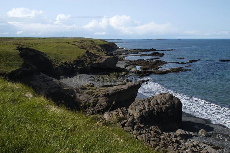 Download Cena litoral (Islândia) foto de stock. Imagem de cena, céus - 55774