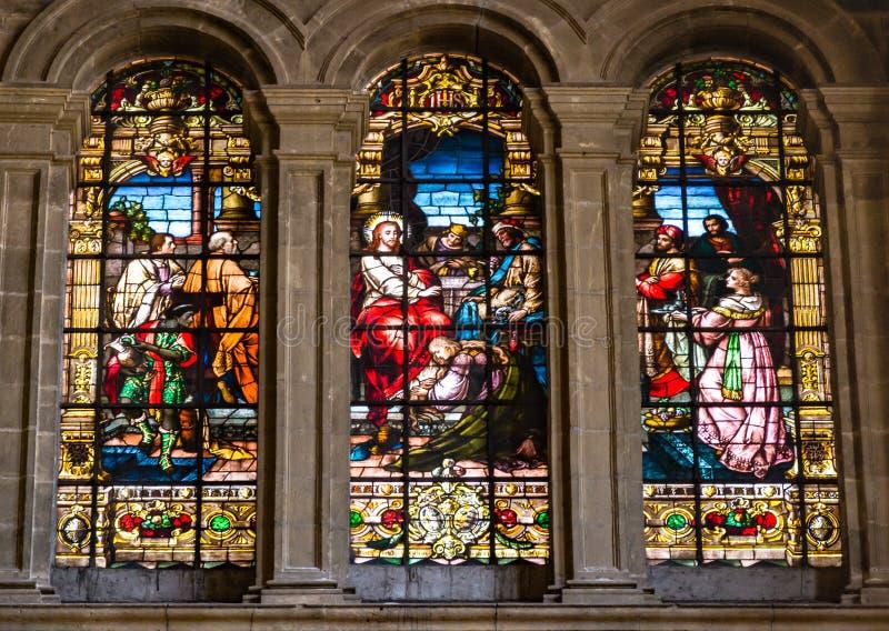 Cena religiosa de untar de Jesus no windo do vitral imagens de stock
