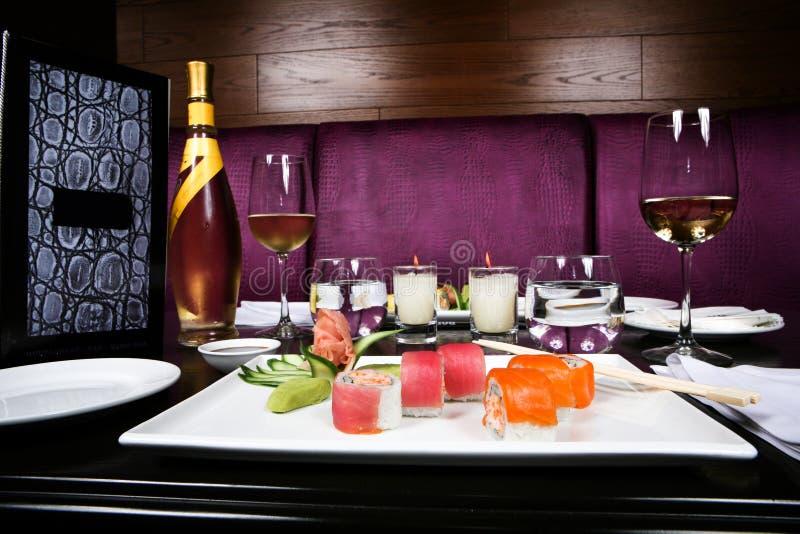 Cena romántica del sushi fotos de archivo