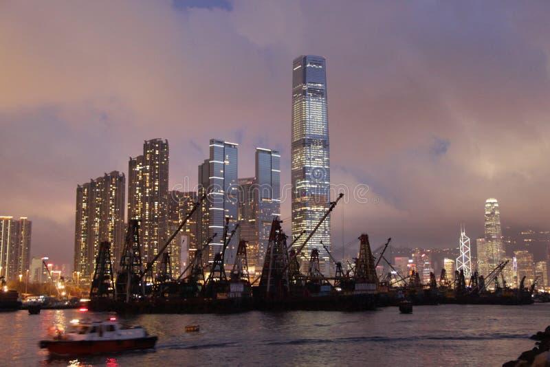 Cenas da noite de Hong Kong fotos de stock