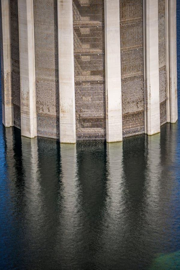 cenas em torno da barragem Hoover e o Mike O'Callaghan - o Pat Tillman Mem imagem de stock royalty free