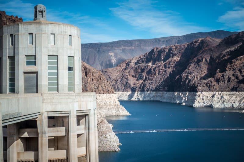cenas em torno da barragem Hoover e o Mike O'Callaghan - o Pat Tillman Mem foto de stock