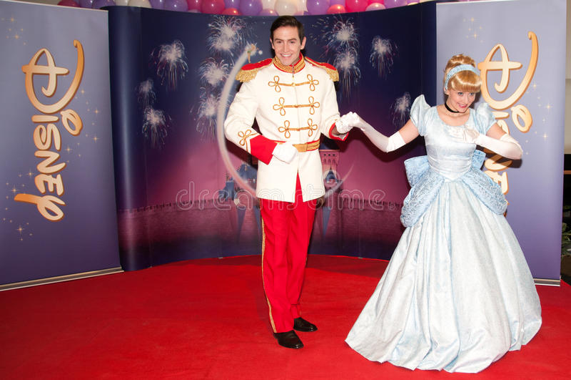 Cendrillon et prince charme image libre de droits