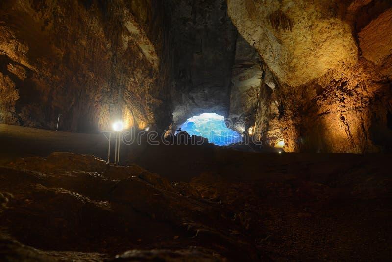 Cennet e iglesia de las dolinas del cehennem Mersin, TURQUÍA imágenes de archivo libres de regalías