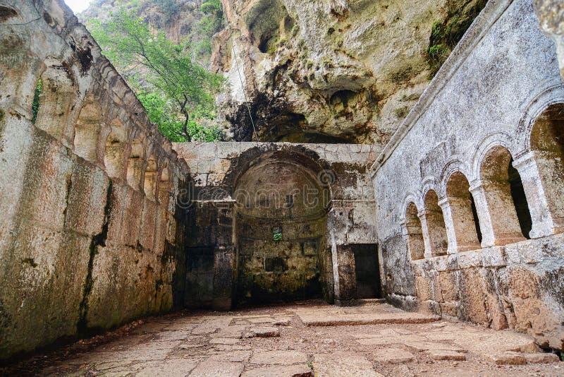 Cennet et église d'effondrements de cehennem Mersin, TURQUIE image libre de droits