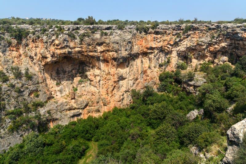 Cennet et Cehennem ou effondrements de ciel et d'enfer en Taurus Mountains, dans la province de Mersin, la Turquie image stock