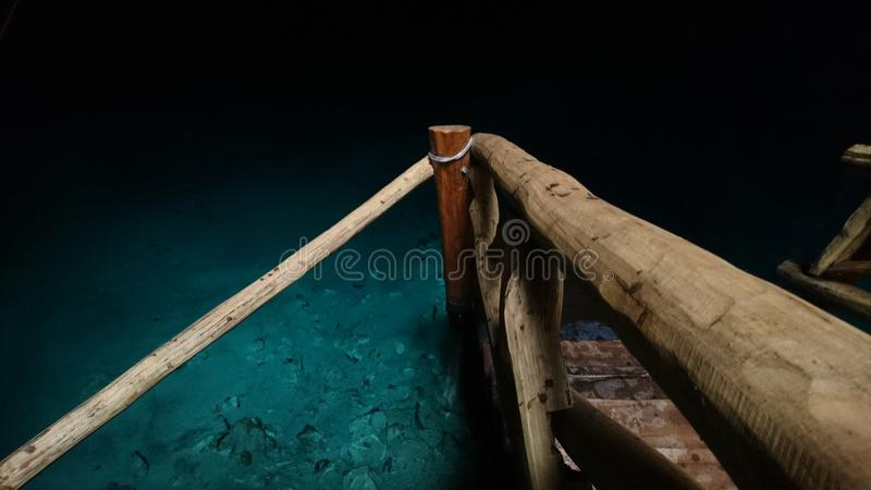 Cenote bleu photo libre de droits