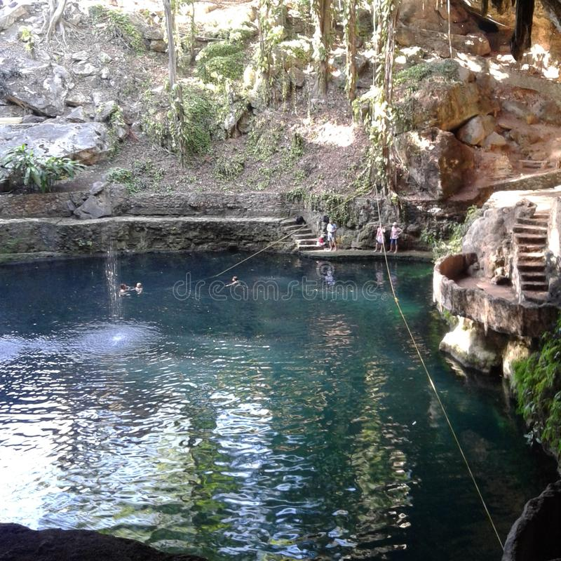 Cenote Zaci stock afbeelding