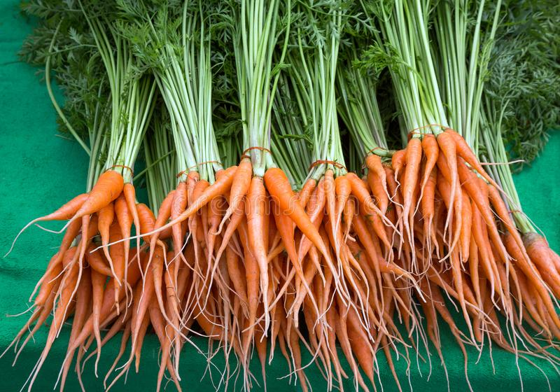 Cenouras de bebê, frutas e legumes foto de stock royalty free