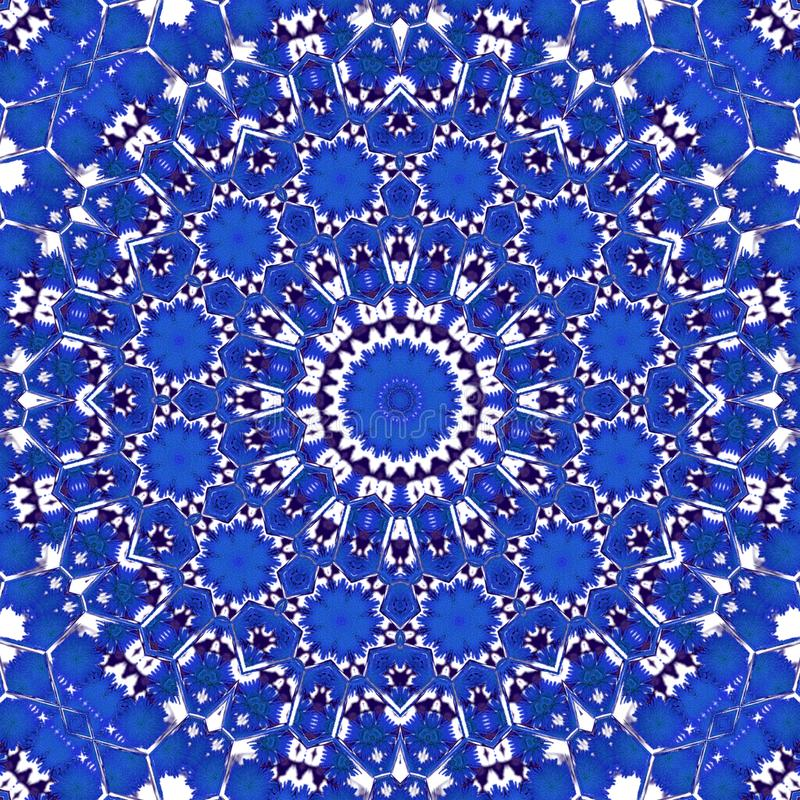Centáurea azul místico no estilo floral do caleidoscópio do círculo imagem de stock royalty free