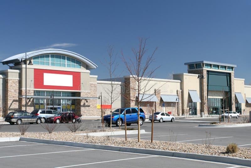 center återförsäljnings- remsa royaltyfria bilder