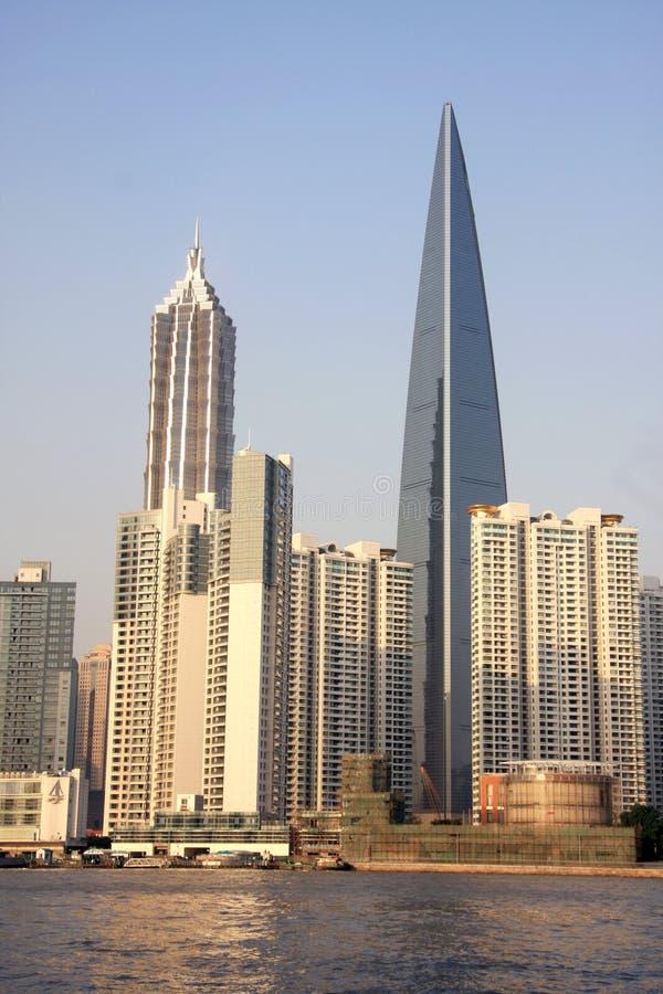 center finansiell shanghai värld royaltyfri foto