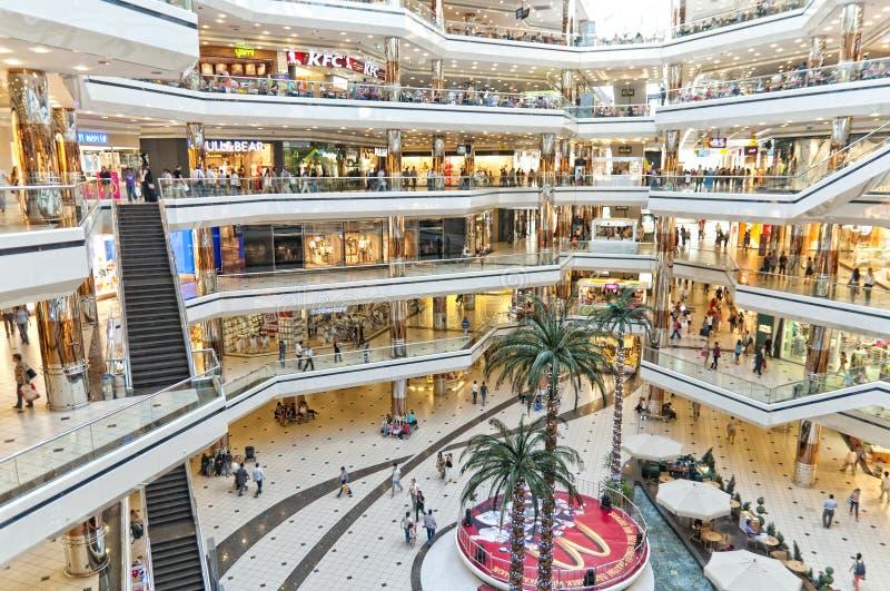 center kalkon för cevahiristanbul shopping royaltyfri fotografi