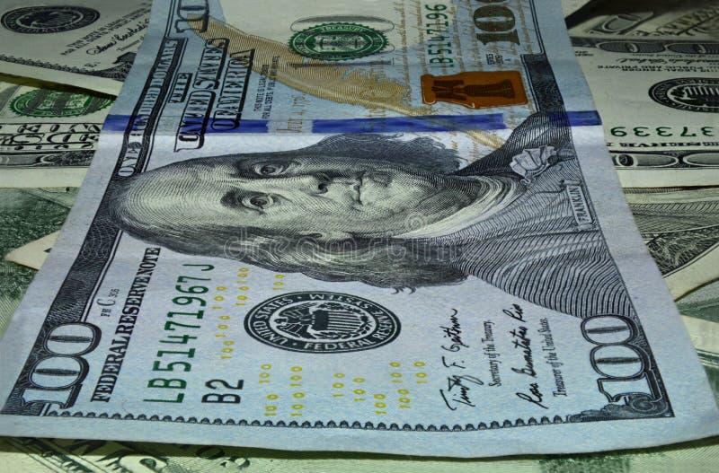 Cento macro di denominazione del dollaro immagini stock