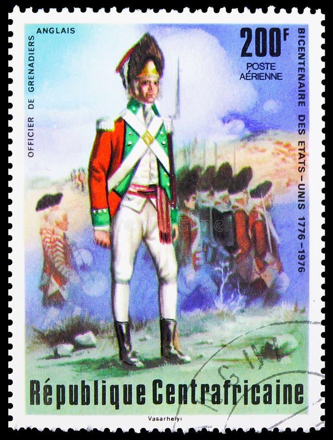 In Centraal-Afrika gedrukt postzegel toont de Britse grenadier, tweehonderdste verjaardag van de onafhankelijkheid van de Verenig royalty-vrije stock afbeelding