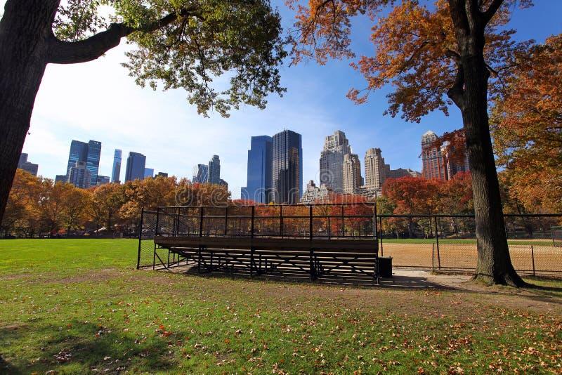 Centraal park bij zonnige dag, de Stad van New York stock foto