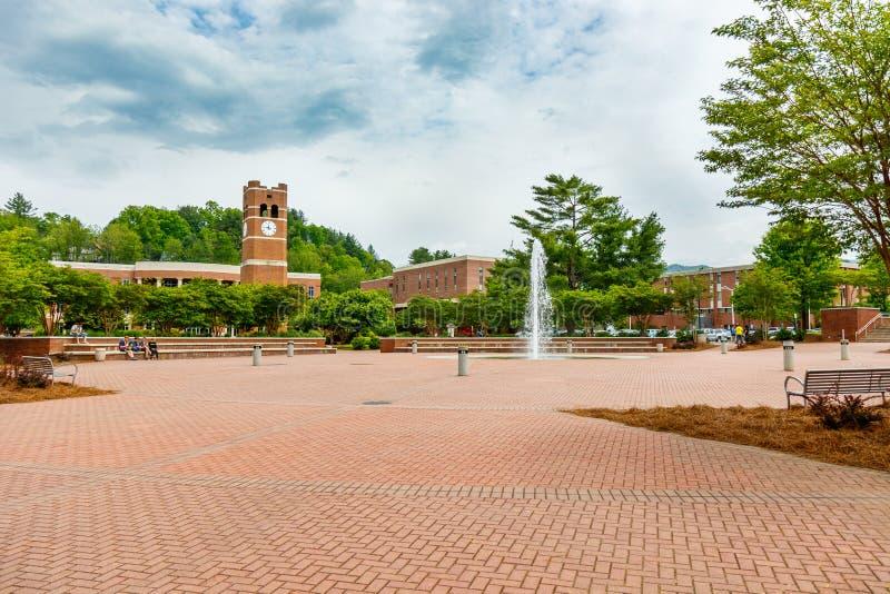Centraal Plein in Westelijke Carolina University stock afbeeldingen