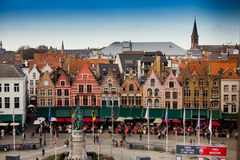 Centraal vierkant die Brugge hierboven wordt gezien van royalty-vrije stock foto