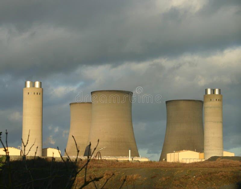 Download Central eléctrica 3 foto de stock. Imagem de pedra, céu - 55616