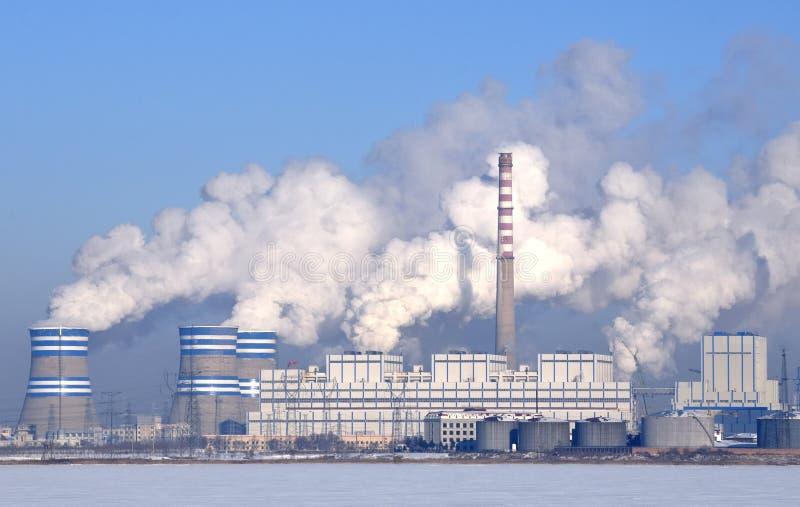 Central eléctrica de energía del carbón fotografía de archivo