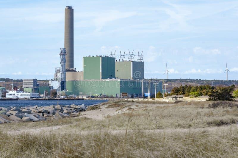 Central eléctrica del canal de NRG a lo largo del canal de Cape Cod foto de archivo