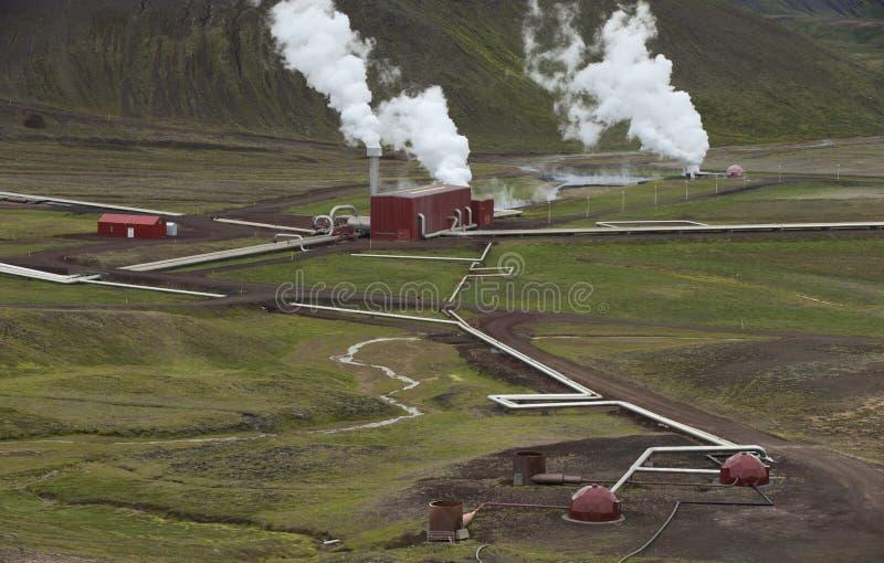 Central eléctrica Geothermal em Islândia foto de stock