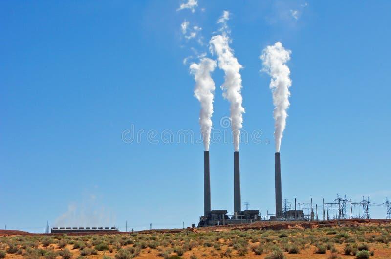 Central elétrica a carvão imagem de stock