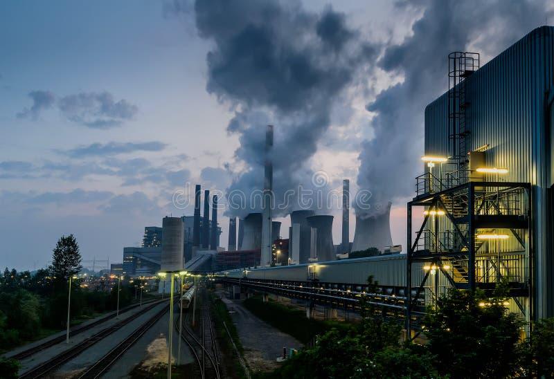 Central elétrica da energia fóssil fotos de stock