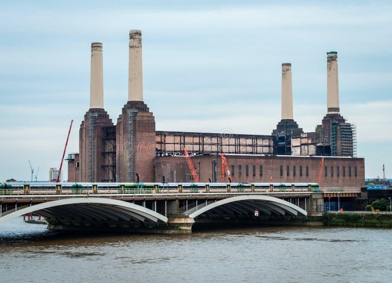 A central el?trica de Battersea imagens de stock royalty free