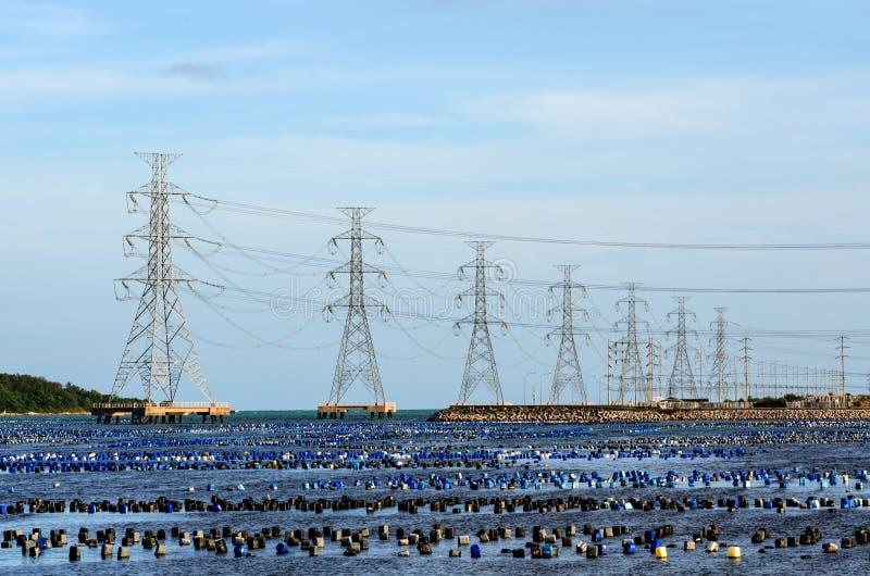 Central electrica encendida carbón foto de archivo