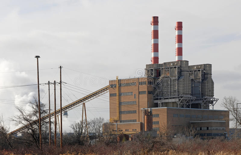 Central energética abandonada fotografia de stock