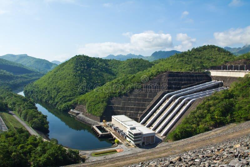 Central energética Hydroelectric foto de stock